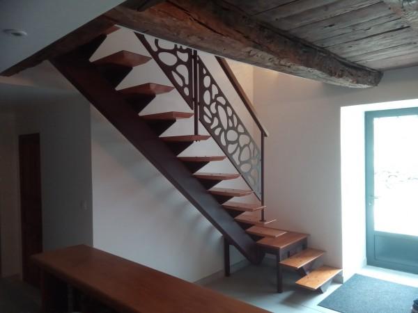 Escalier d'angle métal